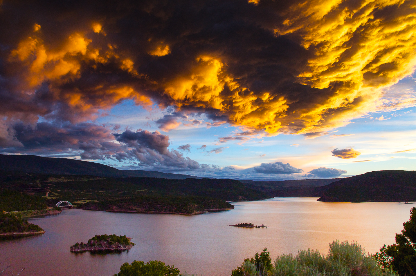 Flaming Gorge Dam Overlook Sunset